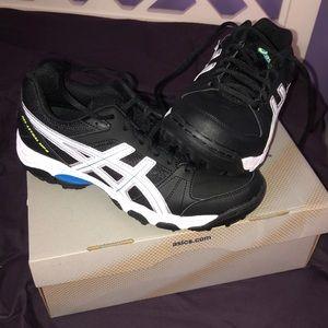 NWT Athletic Turf Shoes